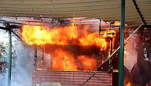 Sosyal Tesiste Çıkan Yangın Söndürüldü