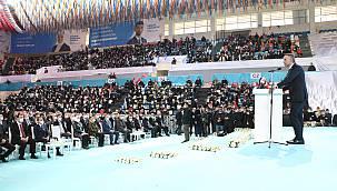 AK Parti Genel Başkan Yardımcısı Yavuz, Partisinin Sakarya 7. Olağan İl Kongresi'nde Konuştu