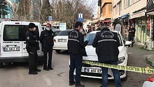 Bursa'da Otomobilinde Silahlı Saldırıya Uğrayan Kişi Yaralandı