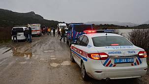 Çanakkale'de Bir Aracın Gölete Düştüğü İhbarı Üzerine Çalışma Başlatıldı