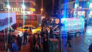 Kocaeli'de Özel Halk Midibüsü İle Taksi Çarpıştı, 3 Yaralı