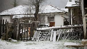 Trakya'da Kar Yağışı Yüksek Kesimleri Beyaza Bürüdü