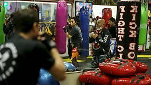 60 Yaşındaki Deneyimli İsim, Sporcu Yetiştirmeyi Sürdürüyor