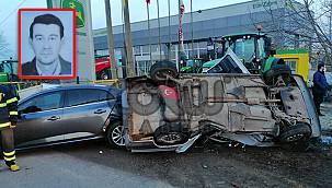 Otomobil Park Halindeki Araca Çarptı, 1 Ölü 1 Yaralı