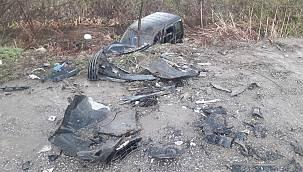 Sakarya'da Hafif Ticari Araç İle Otomobil Çarpıştı, 6 Yaralı