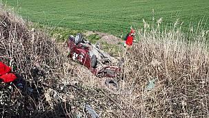 Bandırma'da Şarampole Devrilen Otomobilin Sürücüsü Öldü