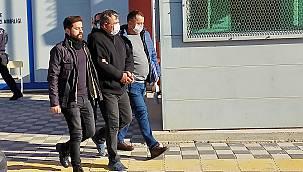 Ezine Belediye Başkanının Evini Kurşunlayan Şahıs Tutuklandı