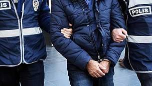 Kendilerini Polis Olarak Tanıtan Suriye Uyruklu Dolandırıcılar Yakalandı