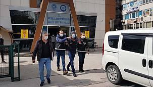 Kocaeli'de Kuyumcudan Altın Çalan Zanlılar İstanbul'da Yakalandı