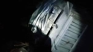 Balıkesir'de Gübre Yüklü Kamyonet Devrildi, 1 Yaralı