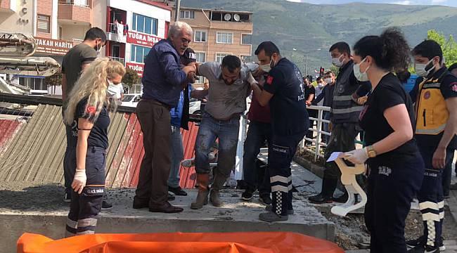Bursa'da Beton Dökülürken Çöken Anıt İnşaatında 3 İşçi Yaralandı