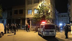 Bursa'da Silahlı Kavgada 1'i Polis İki Kişi Yaralandı