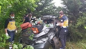 Otomobil Şarampole Devrildi, 6 Yaralı