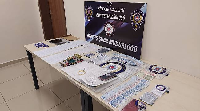 Bilecik'te Sahte Kimlikle Dolandırıcılık Yapan 3 Kişi Tutuklandı