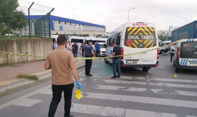 Kocaeli'de İşçileri Taşıyan Servis Minibüsüne Silahlı Saldırı, 4 Yaralı