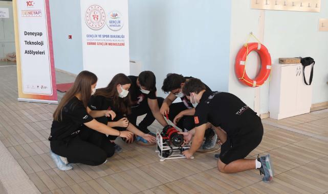 Öğrencilerin Tasarladığı Su Altı Robotları TEKNOFEST'te Finalde Yarışacak