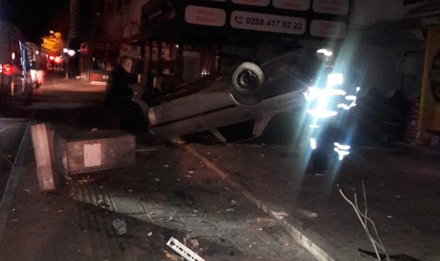 Kaldırıma Çarpan Otomobil Takla Attı, 1 Yaralı