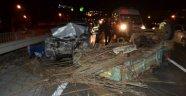 Otomobil Patpata Çarptı: 4 Yaralı