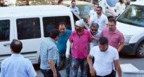 Katil Zanlısını Linç Edilmekten Polis Kurtardı
