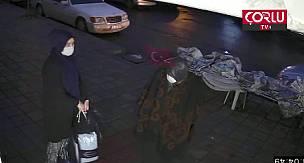 Analı Kızlı Hırsızlık Kameraya Yakalandı!